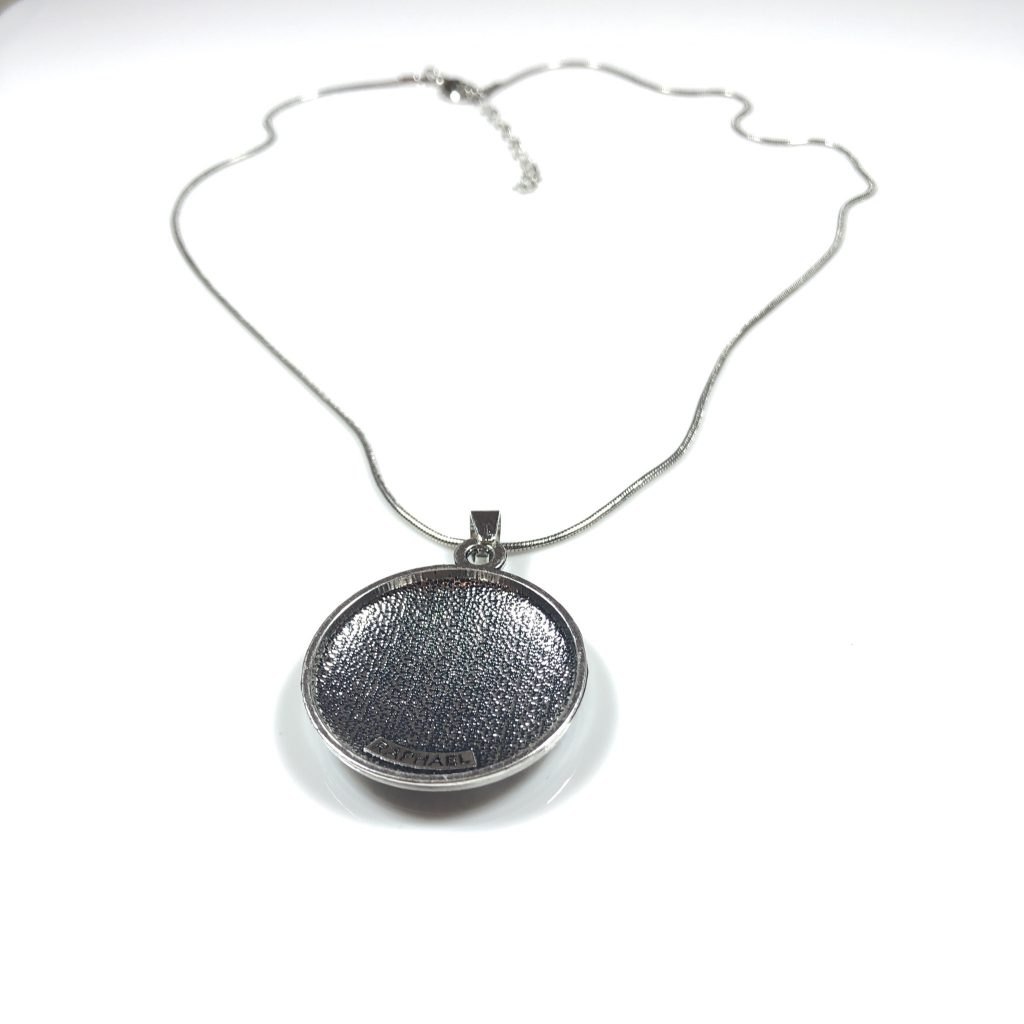 raphael necklace for health