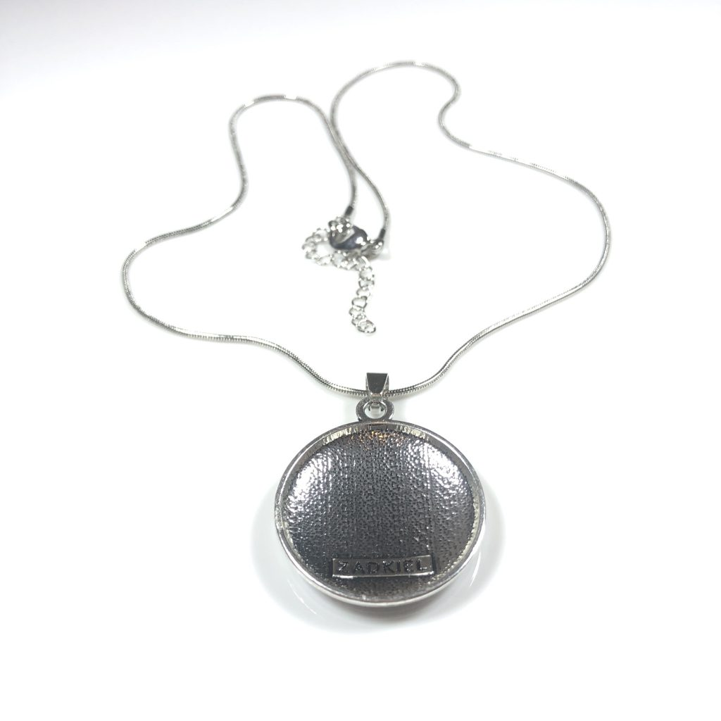 necklace for health
