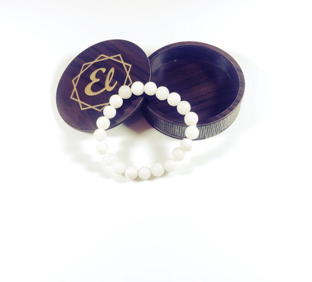 white-agate-bracelet-beads
